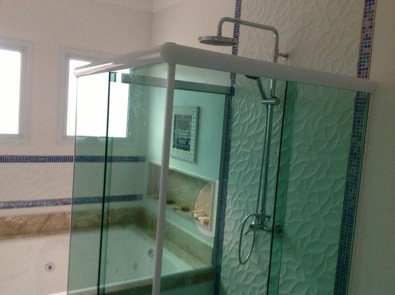 Box de Vidro para Banheiro Grande no Centro - Box Frontal para Banheiro
