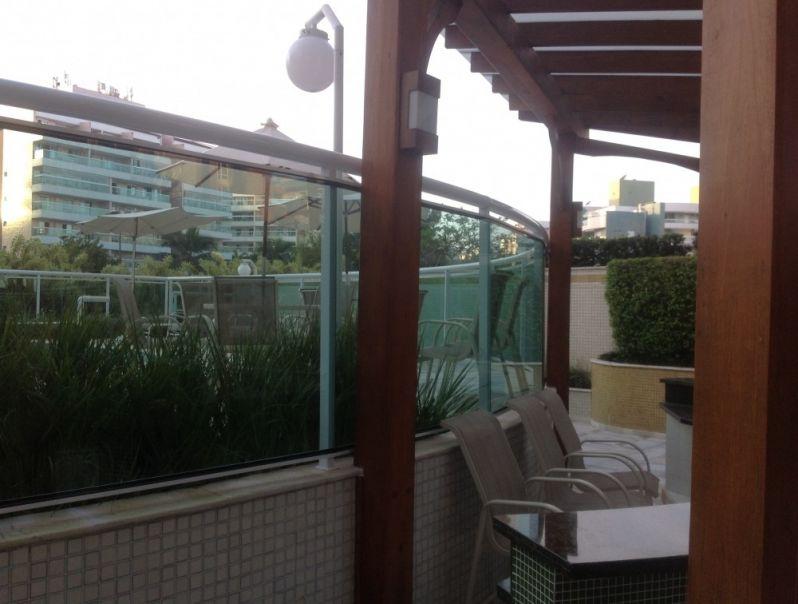 Coberturas de Pergolado de Concreto na Cidade Jardim - Coberturas em Vidro