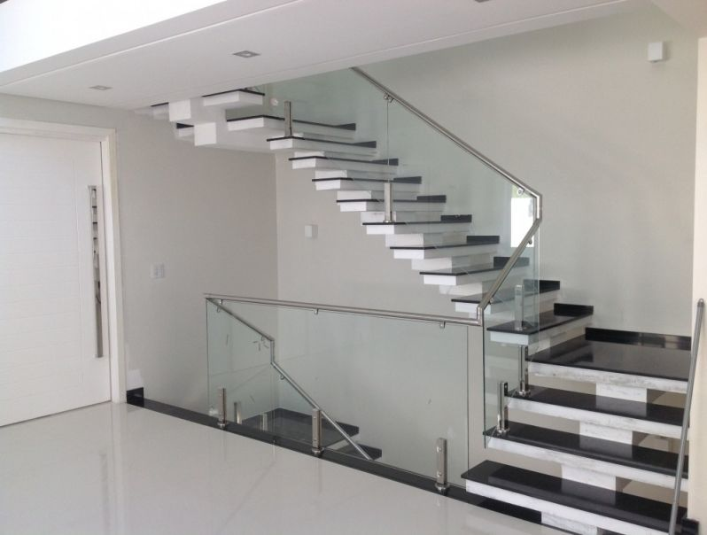 Corrimão de Vidro para Escadas no Ipiranga - Corrimão para Escada