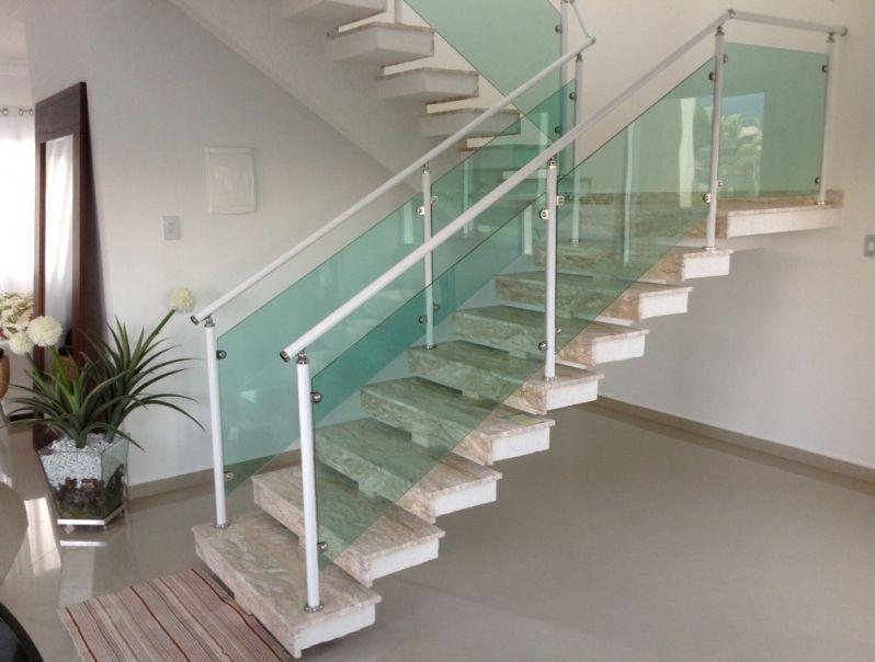 Amado Corrimão em Vidro Fumê no Centro - Corrimão para Escada - Alfa  AD91