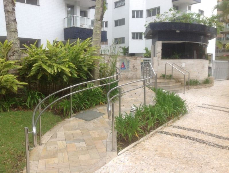 Corrimão em Vidro sob Medida no Alto de Pinheiros - Corrimão para Escada