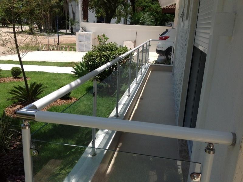 Corrimões de Alumínio com Vidro no Guarujá - Corrimão de Alumínio para Escada
