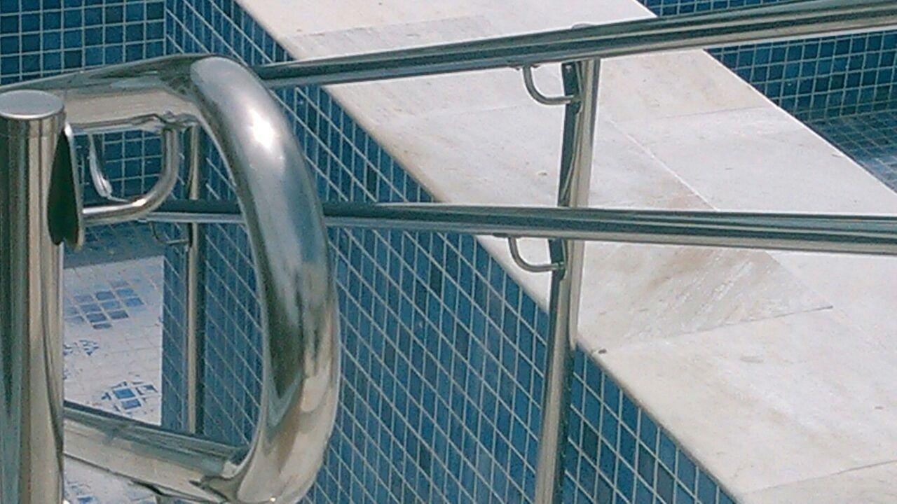 Fabrica de Guarda Corpo com Acessibilidade em Caraguatatuba - Guarda Corpo em Vidro e Inox