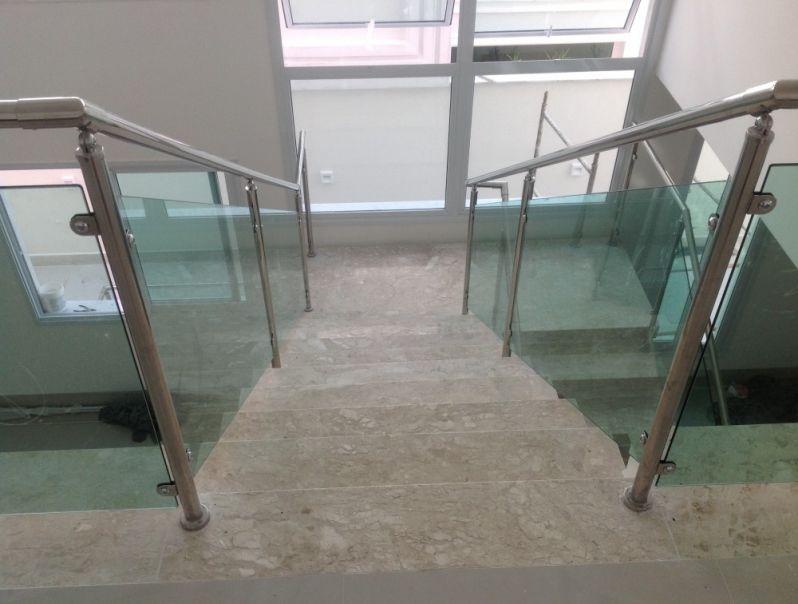 Guarda Corpo de Escada em Santa Isabel - Guarda Corpo em Vidro e Inox