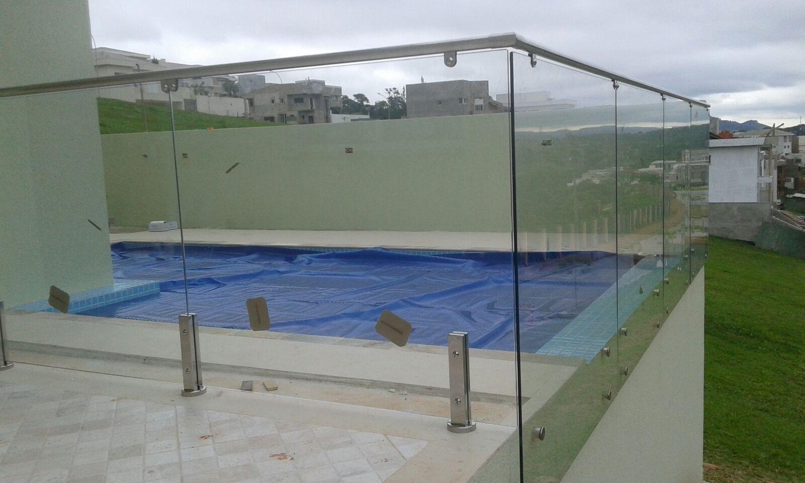 Fechamento de piscina em sp alfa corrim o e vidros for Piscina zona norte avila