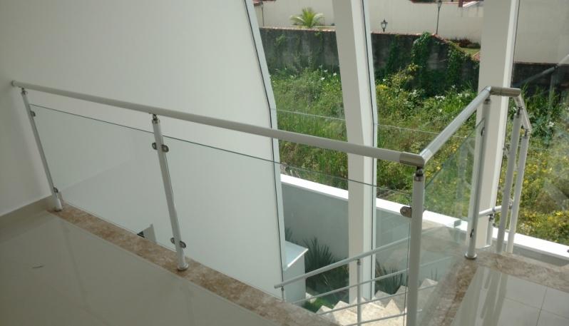 Quanto Custa Corrimão de Alumínio Preço por Metro na Vila Andrade - Corrimão de Alumínio para Escada