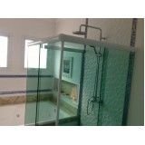 box de vidro para banheiro grande em Riviera de São Lourenço