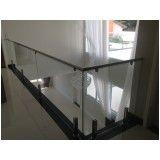varanda com vidro e inox em Interlagos